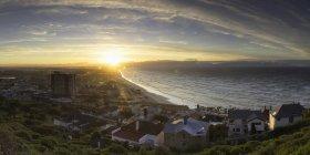 Muizenberg пляж на сході сонця — стокове фото
