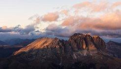 Sassolungo and Sassopiatto mountain range — Stock Photo