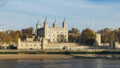 Tower of London and River Thames — Stock Photo