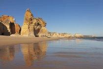 Praia da Rocha beach — стоковое фото