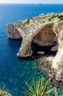 Natural arch at Blue Grotto — Stock Photo