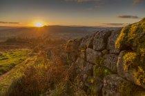 Кам'яна стіна на краю Baslow — стокове фото