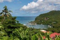 Tropical e abrigada Baía Marigot — Fotografia de Stock