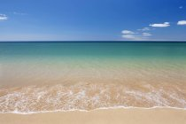 Praia de Tres Irmaos beach — стоковое фото