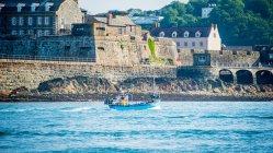 Традиційний рибальський човен Гернсі — стокове фото