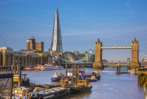 Tower Bridge over River Thames and The Shard, London, England, United Kingdom — Stock Photo