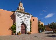 Eingang des Minarett der Koutoubia-Moschee, Marrakesch, Marokko, Nordafrika, Afrika — Stockfoto