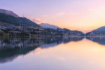Sunrise at Lake of Sankt Moritz, Engadine Valley, Graubunden, Switzerland — Stock Photo