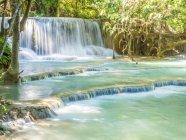 Pittoresca cascata Keang Si, Luang Prabang, Laos, Indocina, sud-est asiatico, Asia — Foto stock