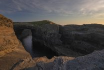 Roca natural formación puente de Ross, Condado de Clare, Munster, Irlanda, Europa - foto de stock