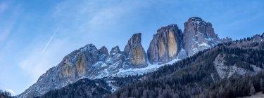 Панорама Grohmannspitze Скелястих гір увечері в Італії, Європа — стокове фото