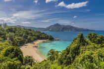 Praia de Laem Sing (Laemsing) em Phuket, Tailândia, Sudeste Asiático, Ásia — Fotografia de Stock
