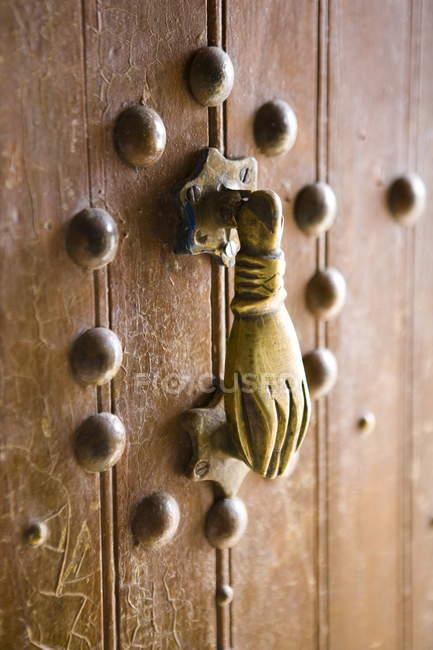 Hand der Fatima-Türklopfer Messing — Stockfoto