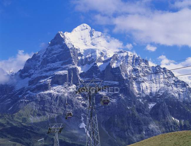 Wetterhorn Mountain and cable road — Stock Photo