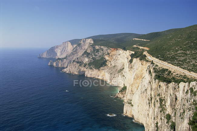 Coastline with cliffs and sea — Stock Photo