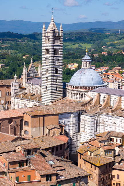 View of Duomo from Torre del Mangia — Stock Photo