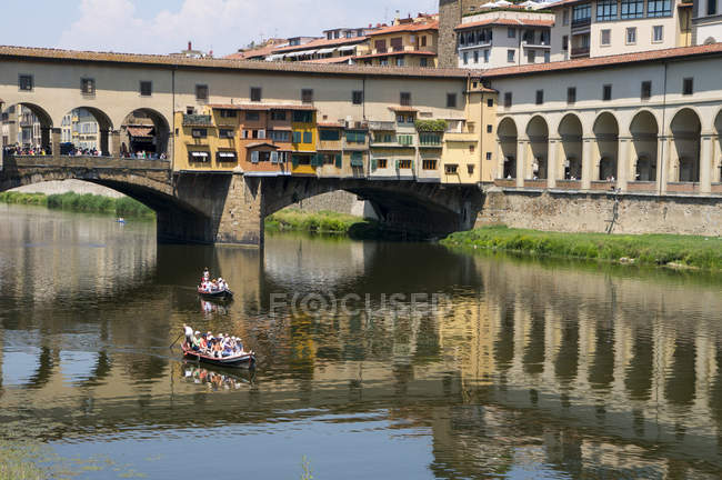 Ponte Vecchio over River Arno — Stock Photo