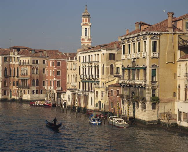 Будинки на Гранд-каналом у Венеції — стокове фото