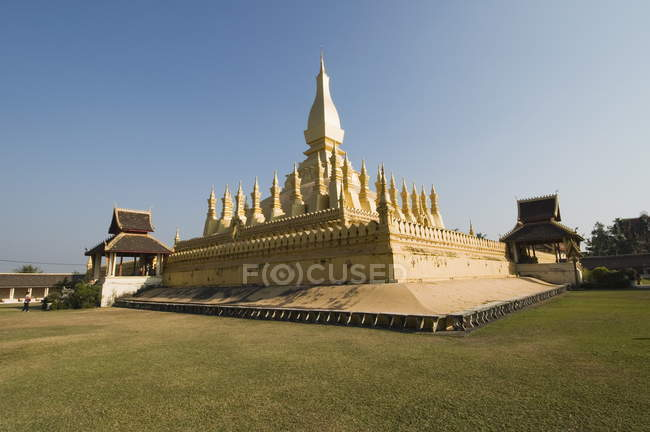 View of Pha Tat Luang — Stock Photo