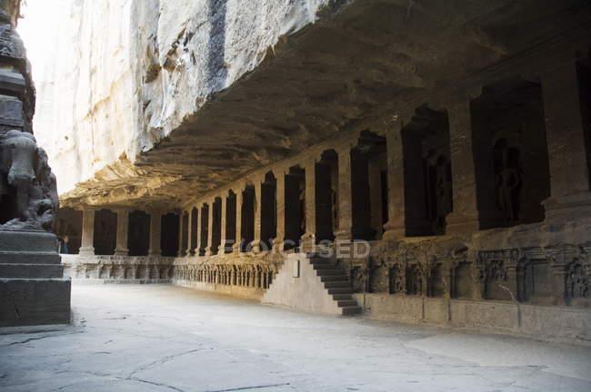 Аджанта печери і храми в твердих порід — стокове фото
