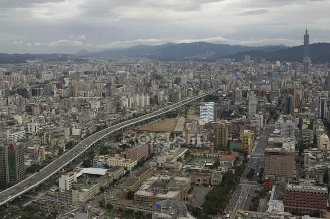 Видом на місто Тайбей — стокове фото