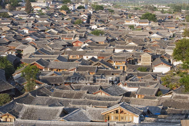 Rooftops in Lijiang old town — Stock Photo
