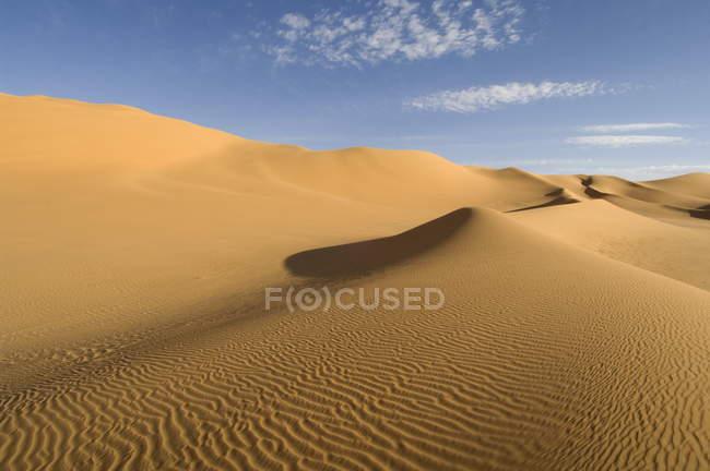 Osservando la vista della sabbia del deserto Sahara — Foto stock