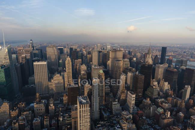 Вид Манхеттена з імперії держави — стокове фото
