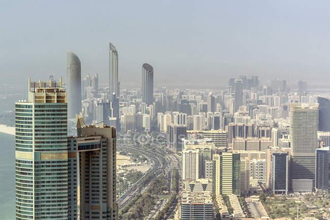 Abu dhabi, Emiratos Árabes Unidos - foto de stock