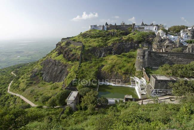 Vue de Jain Temples sur la colline d'observation — Photo de stock