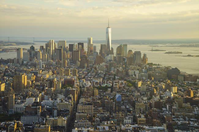 Lower Manhattan at sunset — Stock Photo