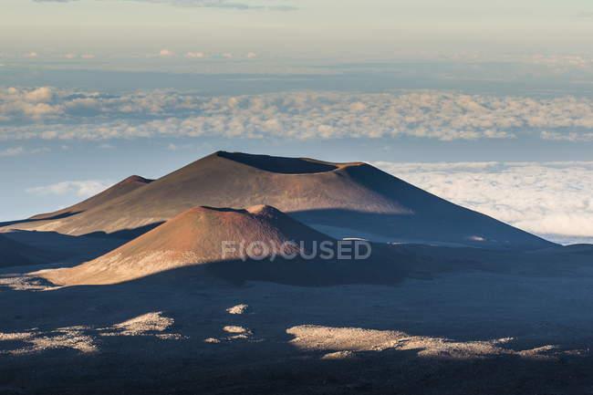 Вулканічних конусів на вершині Мауна-Кеа — стокове фото