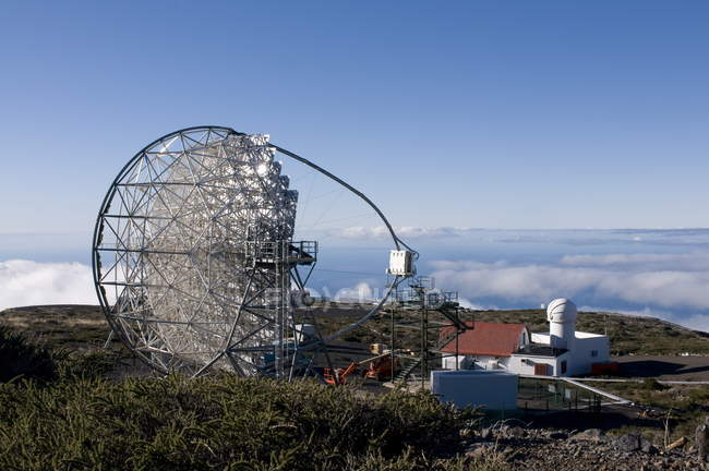Astronomical observatory at top of Taburiente — Stock Photo