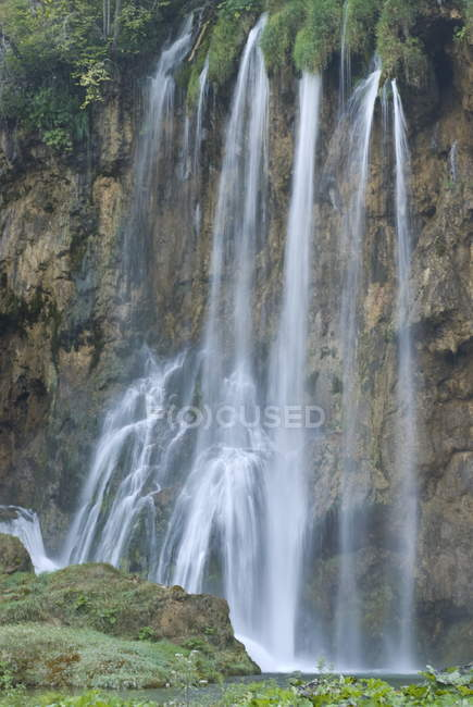 Waterfall in Plitvice Lakes National Park — Stock Photo