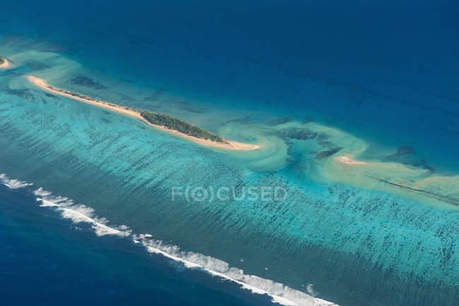 Petite île à Tonga — Photo de stock