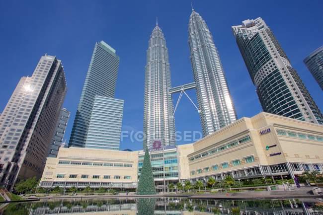 Petronas twin towers - foto de stock