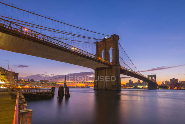 Brooklyn Bridge und Manhattan bridge — Stockfoto