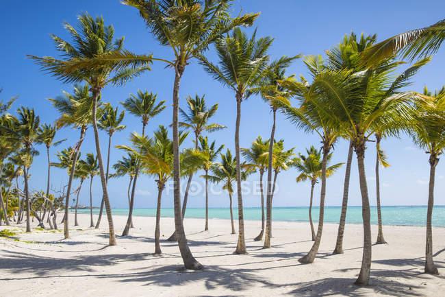 Visão idílica praia Juanillo — Fotografia de Stock