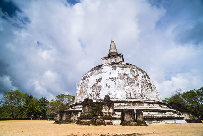 Kiri Vehera Dagoba in Polonnaruwa — Photo de stock