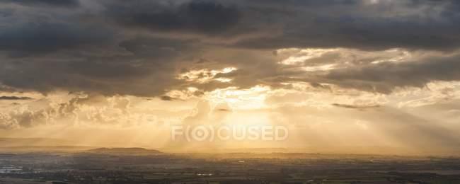 Sunset over village Severn Vale — Stock Photo