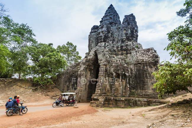 South Gate à Angkor Thom — Photo de stock