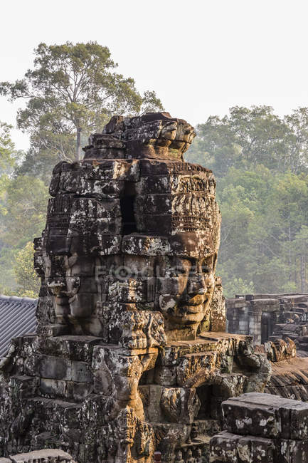 Four-faced tower in Prasat Bayon — Stock Photo