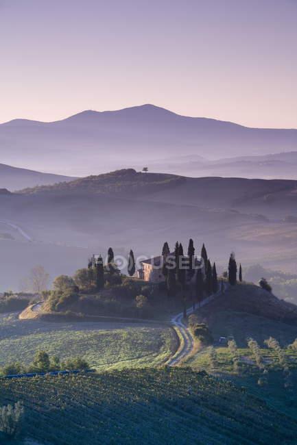 Iconic Tuscan Farmhouse — Stock Photo