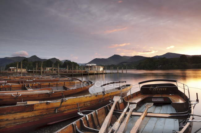 Rowing boats on Derwent Water — Stock Photo