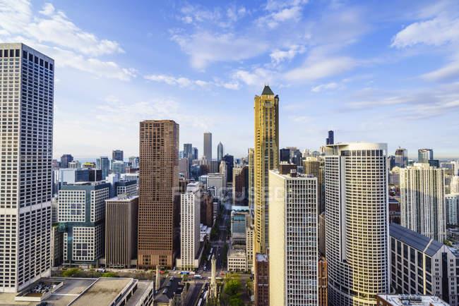 Skyline da cidade de Chicago durante o dia — Fotografia de Stock