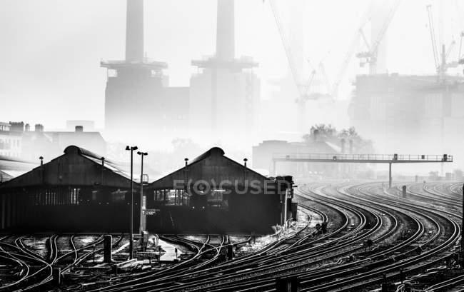 Battersea Power Station nella nebbia — Foto stock