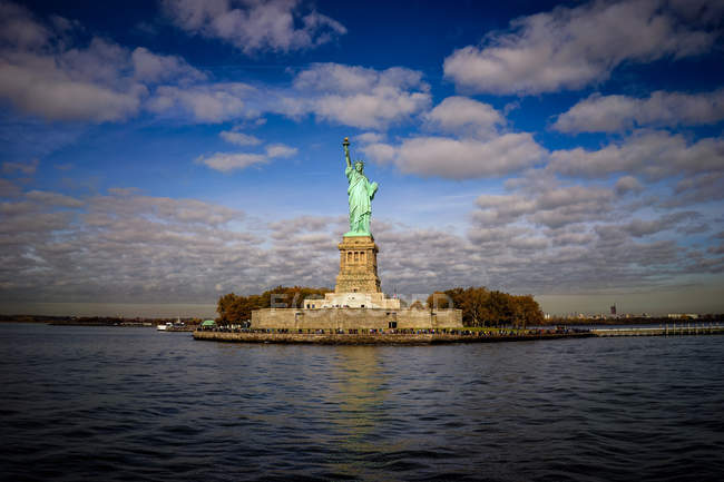 Statue de la liberté à new york city — Photo de stock