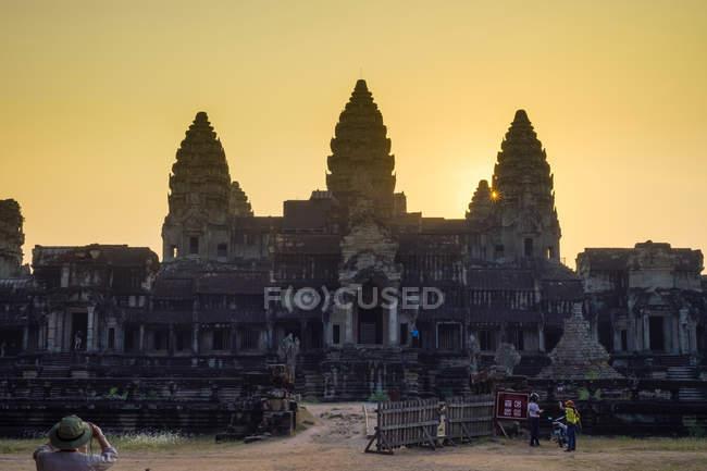 Angkor Wat at sunset — Stock Photo