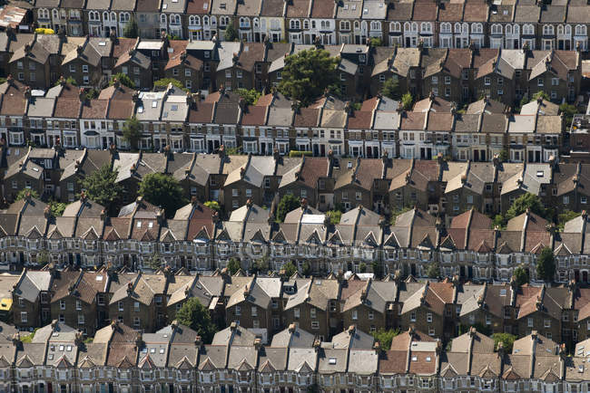 Rows of Victorian terraced houses — Stock Photo