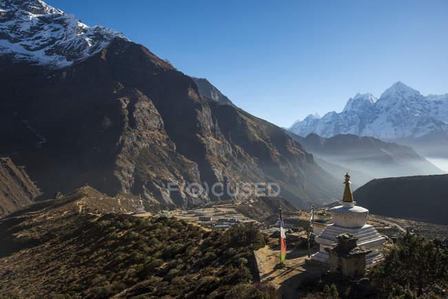Vue du monastère de Thame regardant vers le bas — Photo de stock